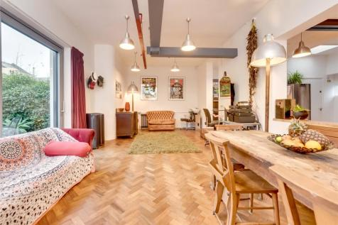 Eastern Place, Brighton, East Sussex, BN2. 4 bedroom house for sale