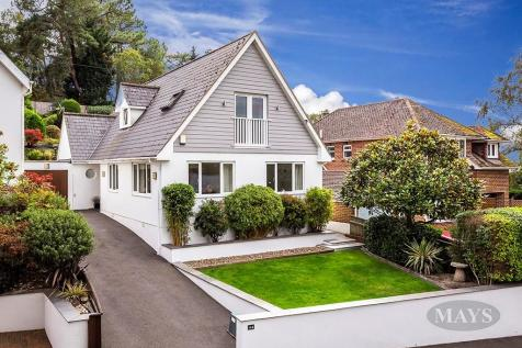 Elgin Road, Poole, Dorset, BH14. 4 bedroom detached house