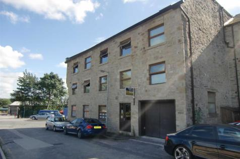Square Street, Ramsbottom. 1 bedroom flat