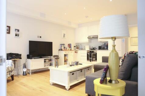 Philbeach Gardens, SW5. 2 bedroom apartment