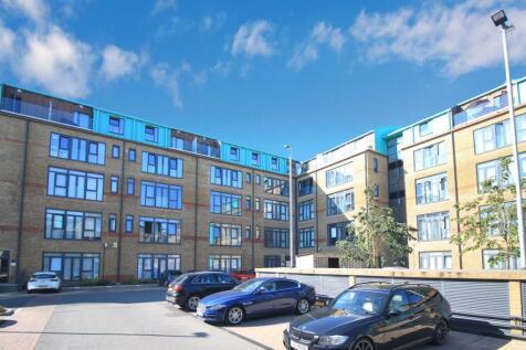 Jessop Court, Brindley Place, Uxbridge, UB8. 1 bedroom apartment