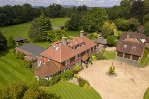 Tower Hill. 7 bedroom detached house