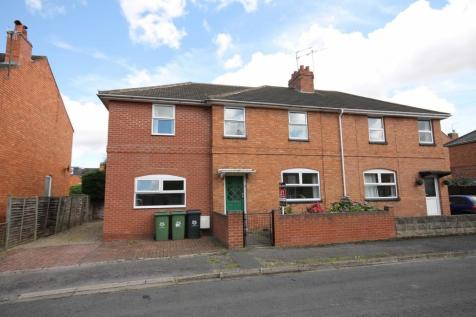 STUDENT DOUBLE ROOM AVALIABE NOW. 6 bedroom semi-detached house