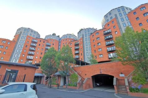 Flat , New Atlas Wharf, Arnhem Place, London. 2 bedroom apartment