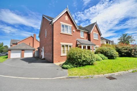 Yew Tree Avenue, Saughall, Chester. 5 bedroom detached house