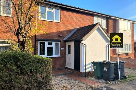 Bushbarns, West Cheshunt, Hertfordshire, EN7. 2 bedroom terraced house