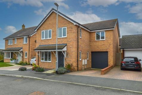 Hardy Close, Towcester. 4 bedroom detached house for sale