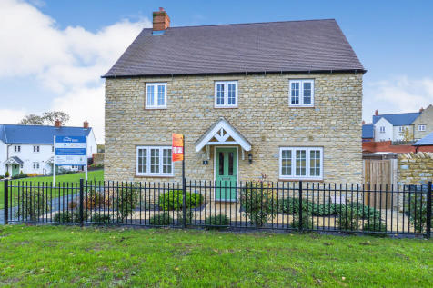 Newton Green, Silverstone. 3 bedroom semi-detached house for sale