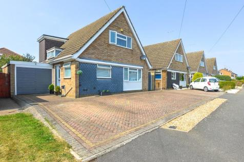 Greenview Drive, Towcester. 3 bedroom detached house for sale