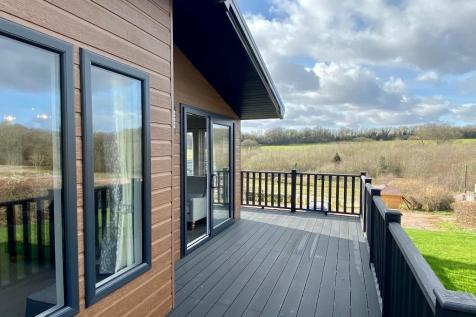 8 New Homes, Longhope, Gloucestershire. 2 bedroom park home