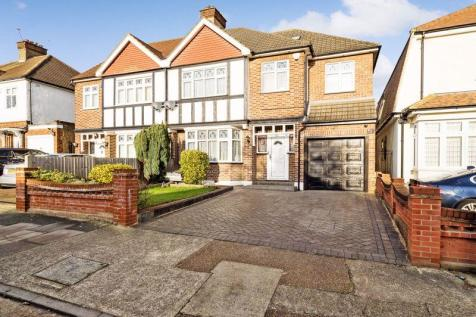 Highfield Crescent, Hornchurch. 5 bedroom semi-detached house for sale