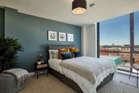 Newhall Walk, Birmingham, B3. 2 bedroom apartment