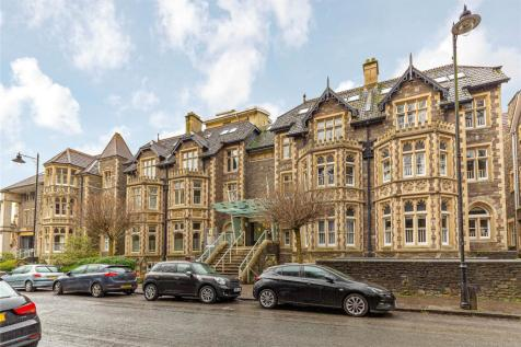 Royal Parade, 2-7 Elmdale Road, Clifton, Bristol, BS8. 1 bedroom apartment