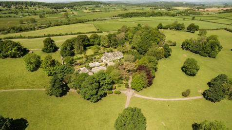 Buckstone House, Tewitfield, Carnforth, Lancashire. 9 bedroom country house