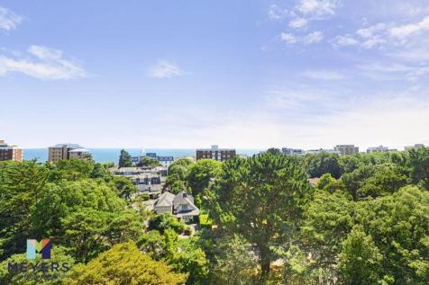 Roslin Hall, 6 Manor Road, Bournemouth, BH1. 2 bedroom penthouse for sale