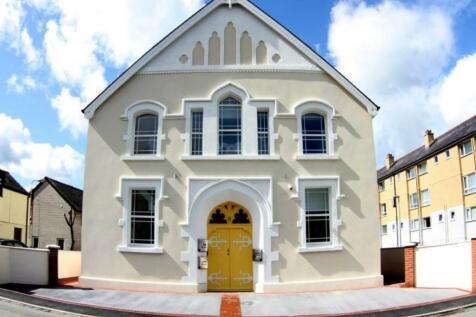 Seion Chapel, Bangor, Gwynedd. 4 bedroom flat