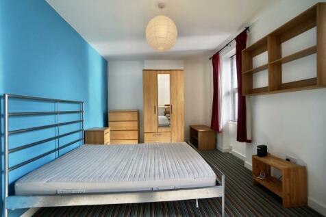 York Place, Bangor, Gwynedd. 5 bedroom house