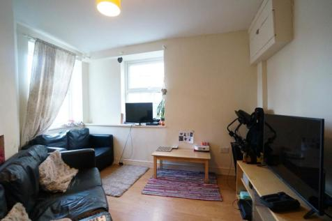 Lon Pobty, Bangor, Gwynedd. 4 bedroom house