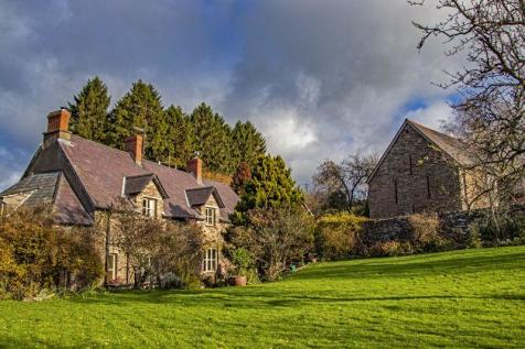 Cross Ash, Abergavenny. 5 bedroom character property for sale