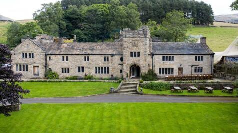Kinder Road, Hayfield, High Peak, Derbyshire, SK22 2LJ. 12 bedroom detached house for sale