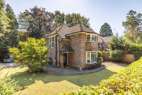 Branksome Wood Road, Bournemouth, BH4. 3 bedroom detached house