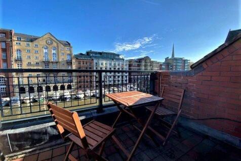 Queen Quay, Bristol, BS1. 2 bedroom apartment