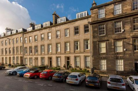 3/6 Cambridge Street, Edinburgh, EH1 2DY. 3 bedroom flat