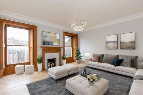 3/6 Cambridge Street, Edinburgh, EH1 2DY. 3 bedroom flat for sale