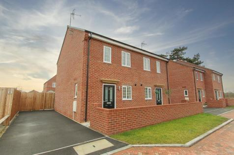 Twigger Drive, Barford, Warwick. 2 bedroom semi-detached house