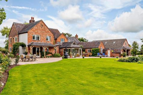 Nabb Lane, Croxden, Staffordshire. 5 bedroom equestrian facility