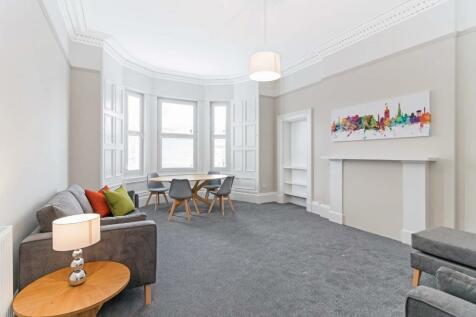 Polwarth Crescent, Polwarth, Edinburgh, EH11. 5 bedroom flat