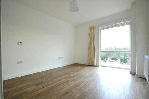 Ringers Road, Bromley, Greater London, BR1. 1 bedroom apartment
