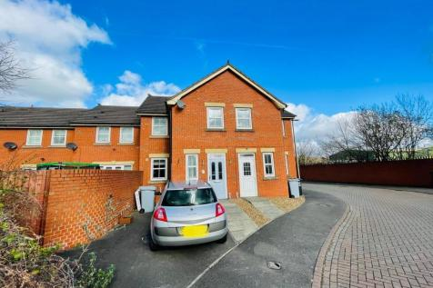 Merchants Court, Crewe. 3 bedroom terraced house