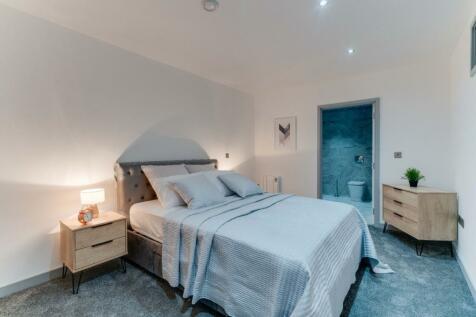 01/125  St. Sepulchre Gate, Doncaster, South Yorkshire, DN1. 1 bedroom flat