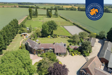 Pipe Lane, Orton-On-The-Hill, Atherstone. 4 bedroom country house