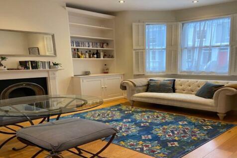 Chesson road, West Kensington , London. 2 bedroom flat