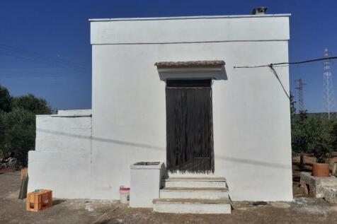 Ostuni, Brindisi, Apulia. 1 bedroom farm house
