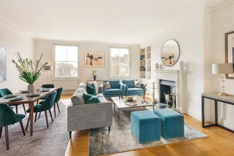 Pont Street Knightsbridge London. 3 bedroom apartment