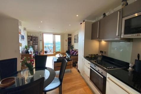 Candle House Leeds LS1. 2 bedroom apartment
