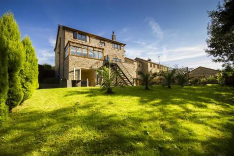 Whalley Road, Ramsbottom, Bury. 5 bedroom detached house