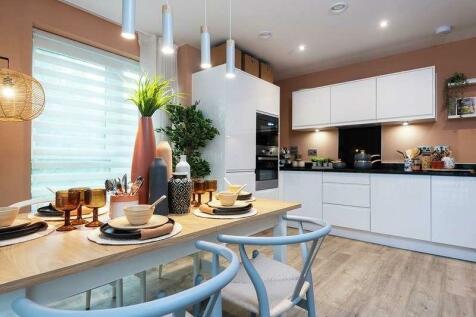 Victoria Way, London, SE7. 3 bedroom apartment for sale