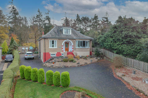 Friars Brae, Linlithgow, EH49. 4 bedroom detached house for sale