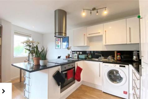 Brixton Road, Stockwell. 1 bedroom apartment