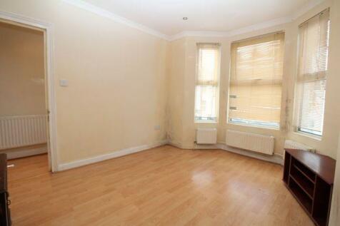 Brookdene Road, London, SE18. 2 bedroom terraced house