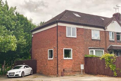 Silverwood Close, Cambridge, CB1. 1 bedroom semi-detached house