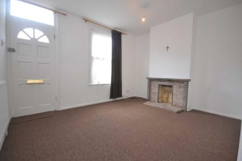 Foxhill Road, Reading. 2 bedroom terraced house