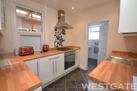 Pitcroft Avenue, Reading. 4 bedroom terraced house