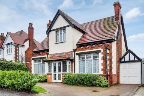 Hamstel Road, Southchurch, SS2. 3 bedroom detached house for sale