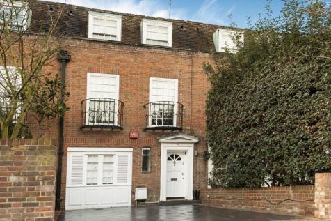 Belsize Road, South Hampstead, NW6. 3 bedroom house