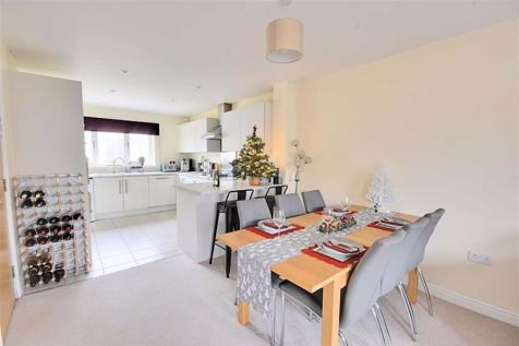 The Lane, Worcester. 4 bedroom semi-detached house for sale